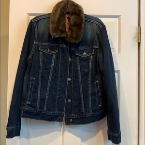 Gap denim jacket.Faux fur collar.Never worn.Large